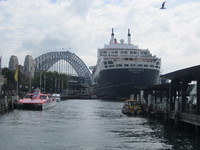 QM2 Docked in Sydney