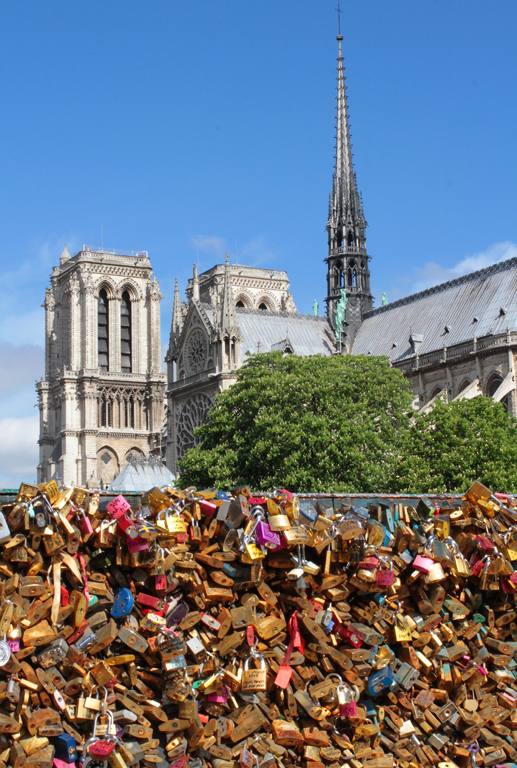 Love locks on bridge to Notre Dame.