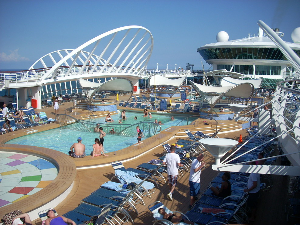 Pool Spa Fitness On Royal Caribbean Enchantment Of The Seas