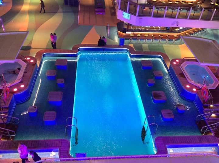 Waves Pool