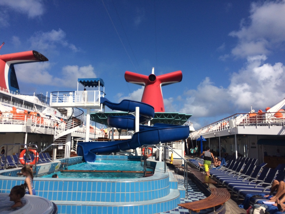The Lido Deck aboard the Paradise