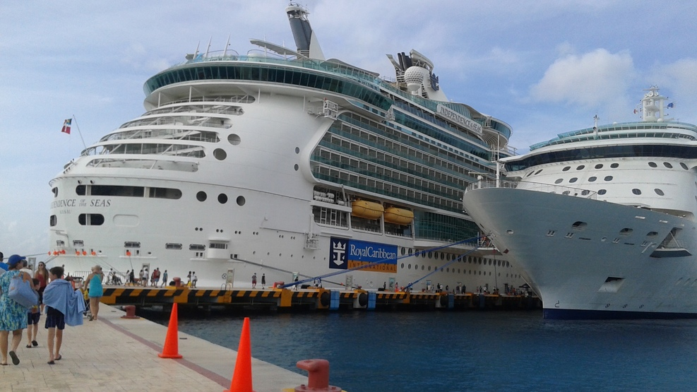 Ship On Royal Caribbean Independence Of The Seas Ship