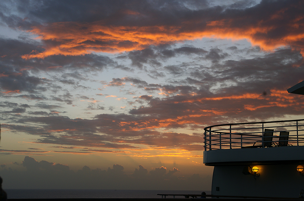 sunset from deck 15 aft on Ventura