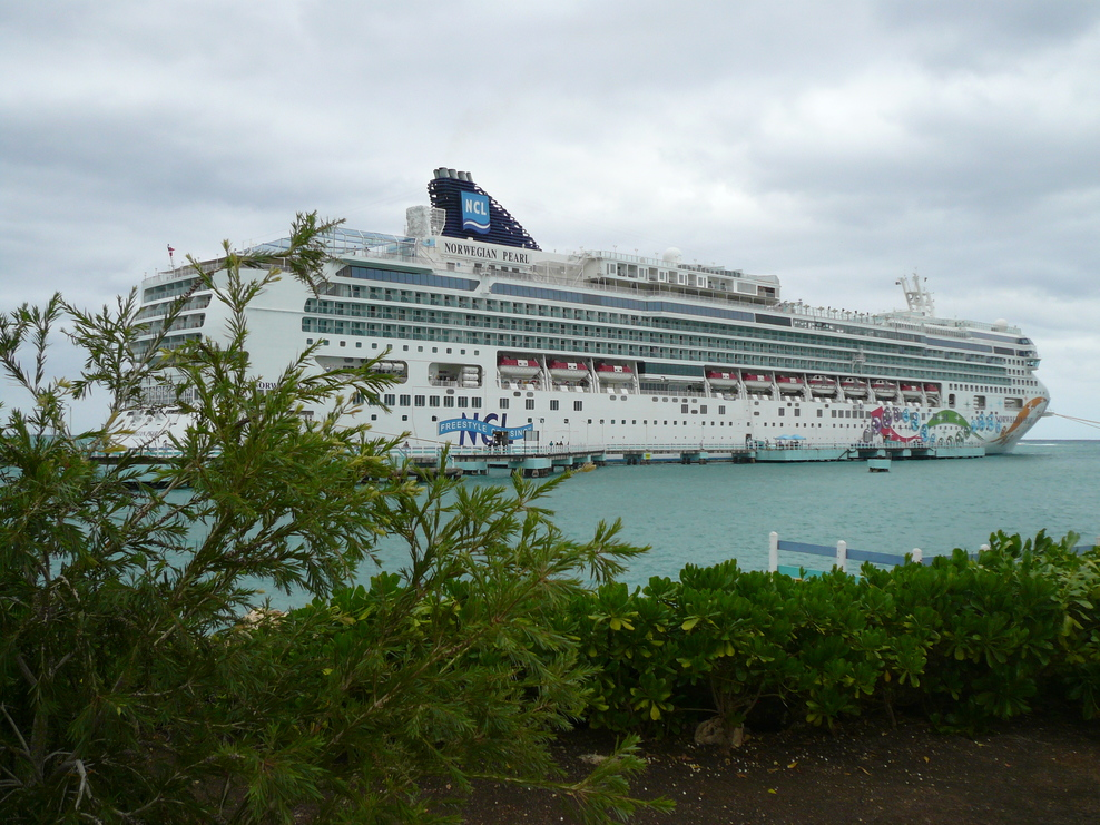 Ship On Norwegian Pearl Cruise Ship Cruise Critic