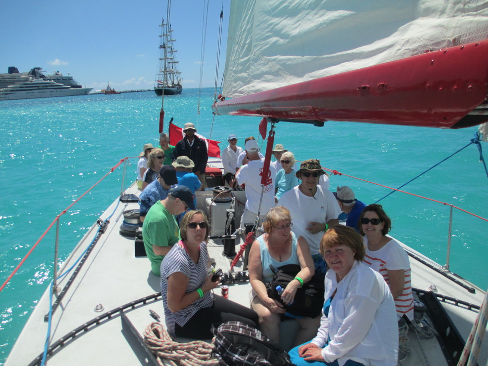 Great excursion on the sailboats that won the America's Cup.