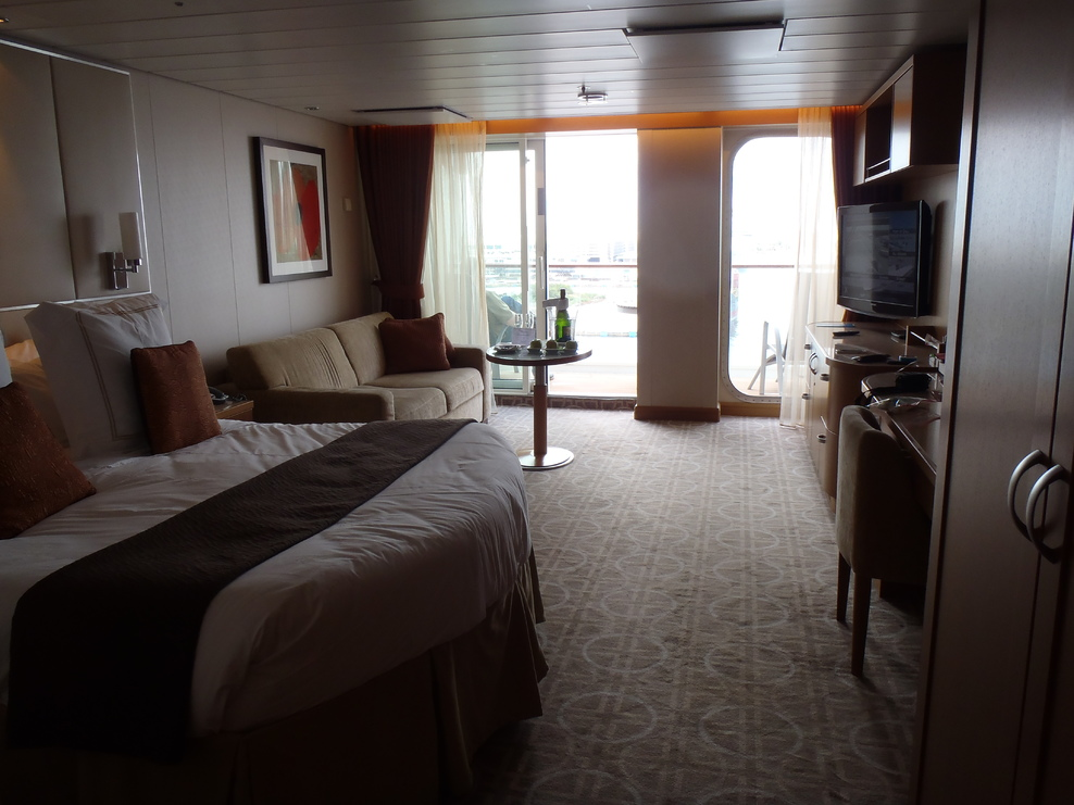 Celebrity Equinox - Complete List of Staterooms and Suites ...