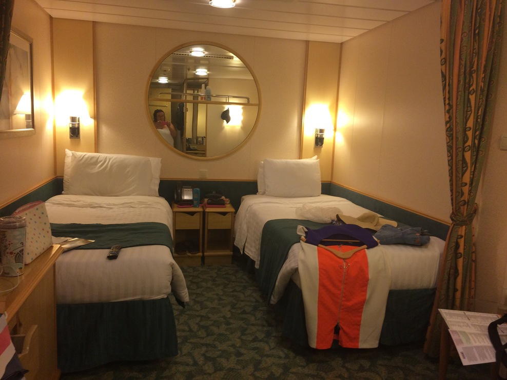 Cabin on royal caribbean freedom of the seas cruise ship for Liberty of the seas best cabins