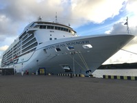 The mighty Seven Seas Voyager
