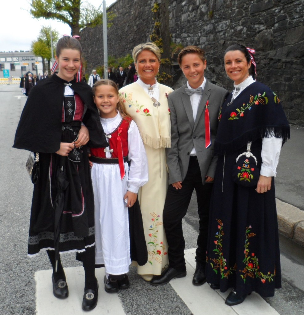 When we docked at Bergen it was Norway's National Day when everyone dresses up in their costumes.  There is a very big parade and lots of activities.  Couldn't have asked for a better day to arrive