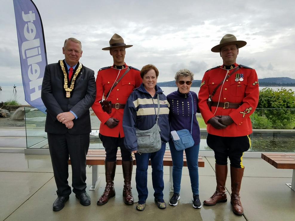 Posing with the Mounties in Nanaimo, B. C.
