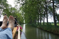 feet up, stress down - just cruisin', anjodi midi canal style!
