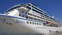 Sirena in Port