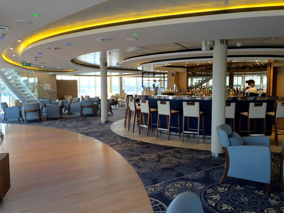The available lounges and bars make you feel very comfortable.