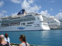 Norwegian Gem in Nassau overnight for replacement of an Azimuth propeller,