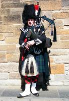 Scottish Piper - Edinburgh