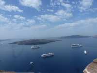 Looking at the Ship from the top in Santorini