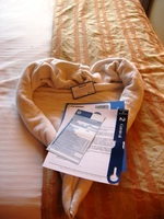 The last evening's towel - a heart, with a note from our steward, and t