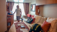 Just arrived in our Aqua class stateroom (1550) what a large bed ;)