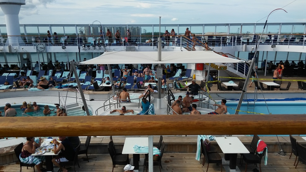 Pool spa fitness on norwegian sky cruise ship cruise for 11th floor