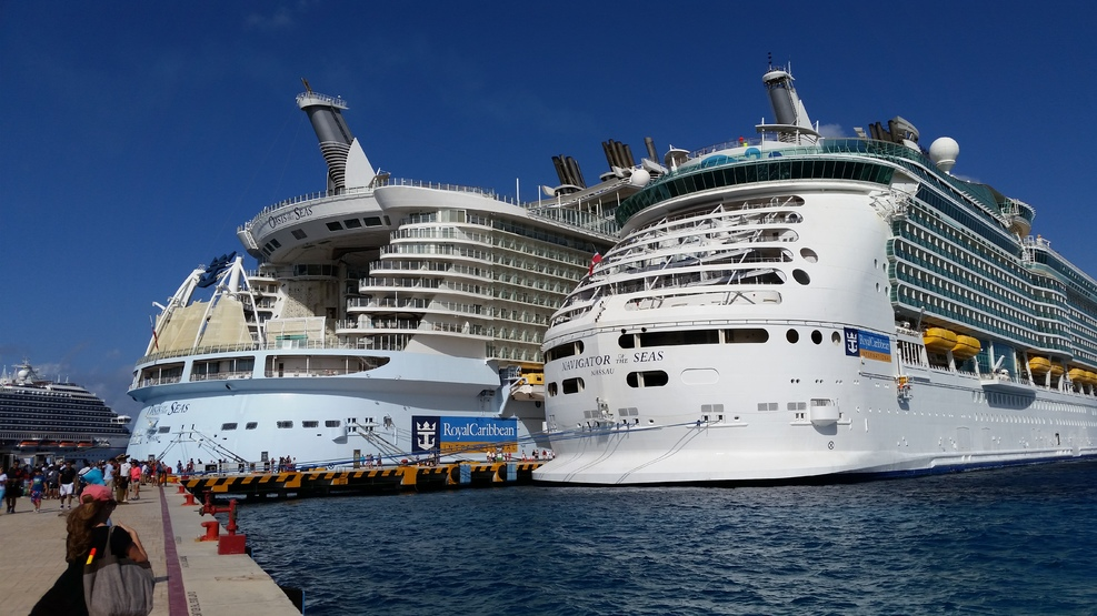 royal caribbean oasis of the seas - 987×555