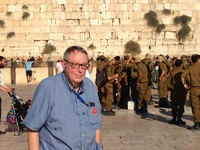 Cruiser Lan Sluder at Western Wall in Jerusalem