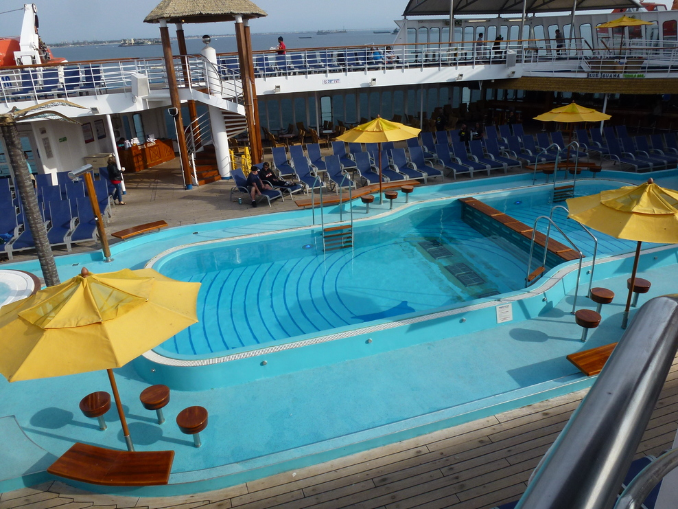 Pool, Spa, Fitness On Carnival Inspiration Cruise Ship