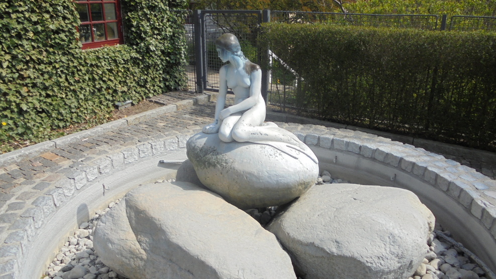 Then original mermaid statue at Oslo Carlsberg Brewery