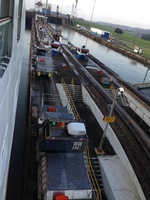 the workings of the Panama Canal