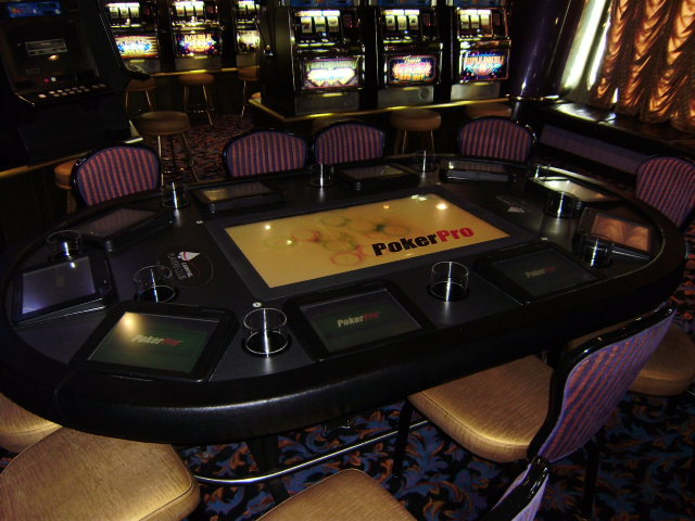 "Crystal Palace ""Poker Pro"" electronic texas hold 'em poker tabl"