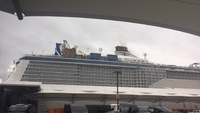 Cruise ship to port