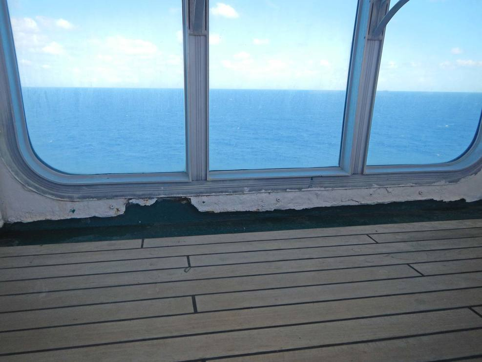 Serious corrosion issues on Deck 12 (Pool Deck) do not seem to be deserving