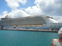 Oasis of the Seas is one big ship with over 6,000 passengers and so much to