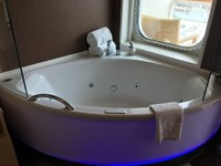 H9 The Haven Spa Suite with Balcony - A wonderful Jacuzzi tub with a view!