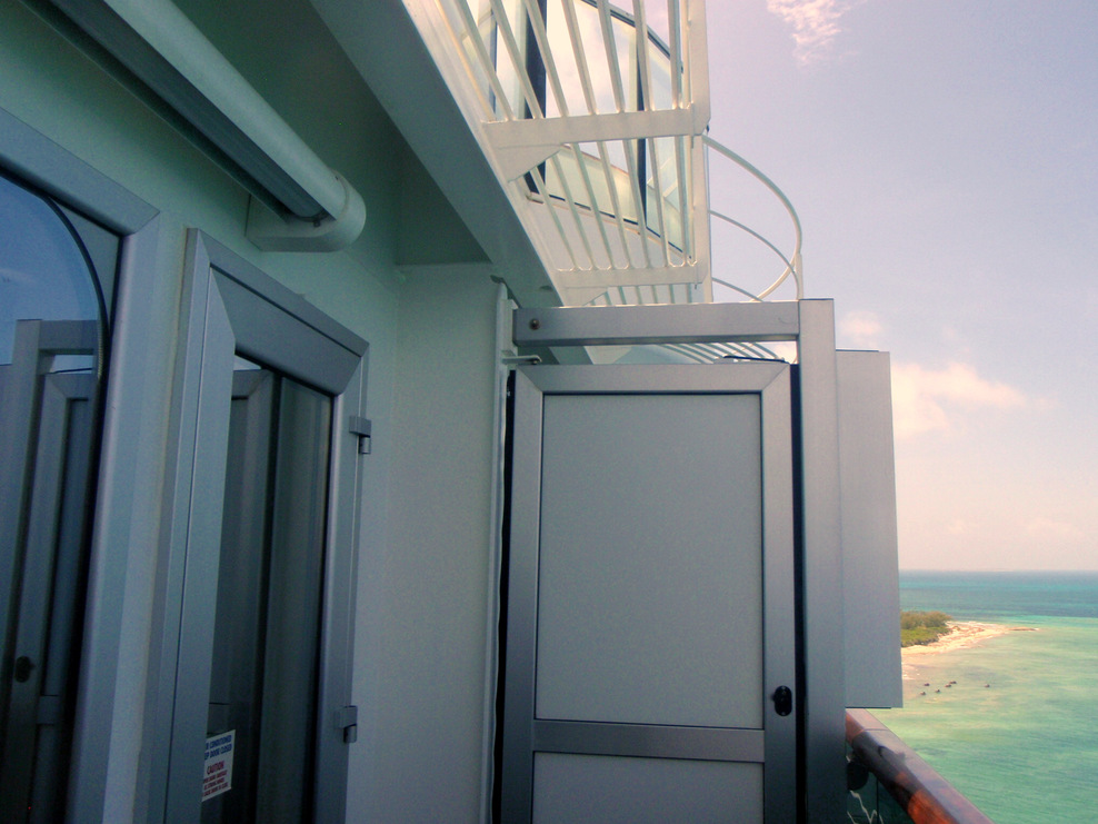 14229 balcony.  No roof.  The Serenity Deck 15 is above you.