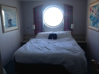 Norwegian Sky cabin 7212 (OH) oceanview porthole window