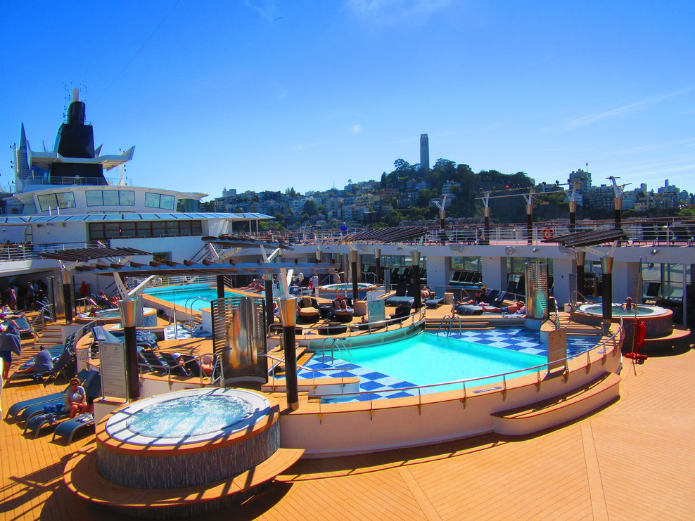 Celebrity Infinity Reviews - CruiseCompete