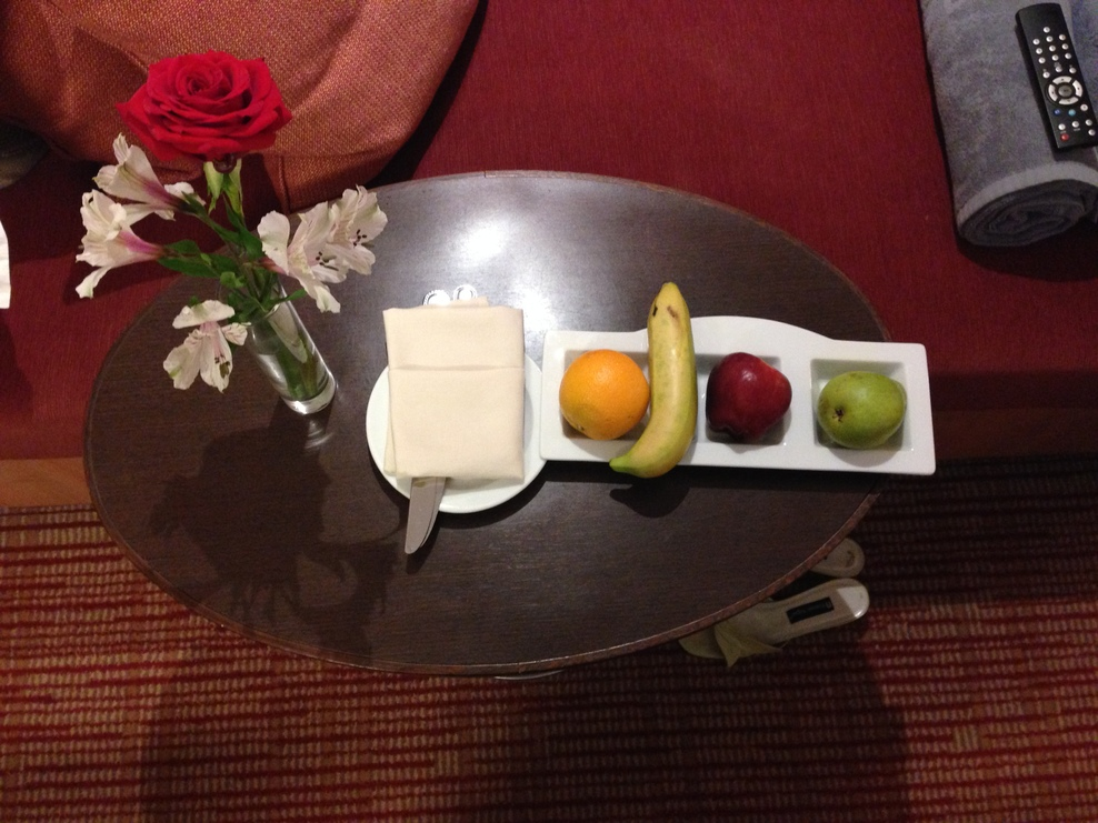 Fruit and flowers included with Concierge cabin