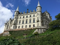 Dunrobin castle can be reached by by easily arrange private tour.