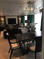 Grand Suite Living/Dining