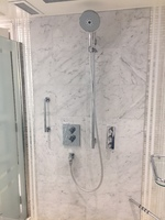 Grand Suite Shower