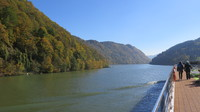 Cruising between Passau and Durstein