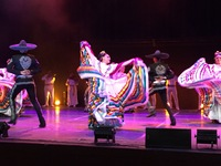 Folkloric show at the Viva Tequila Museum