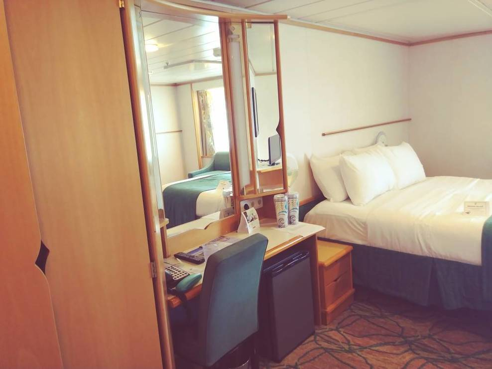 Stateroom (accessible)