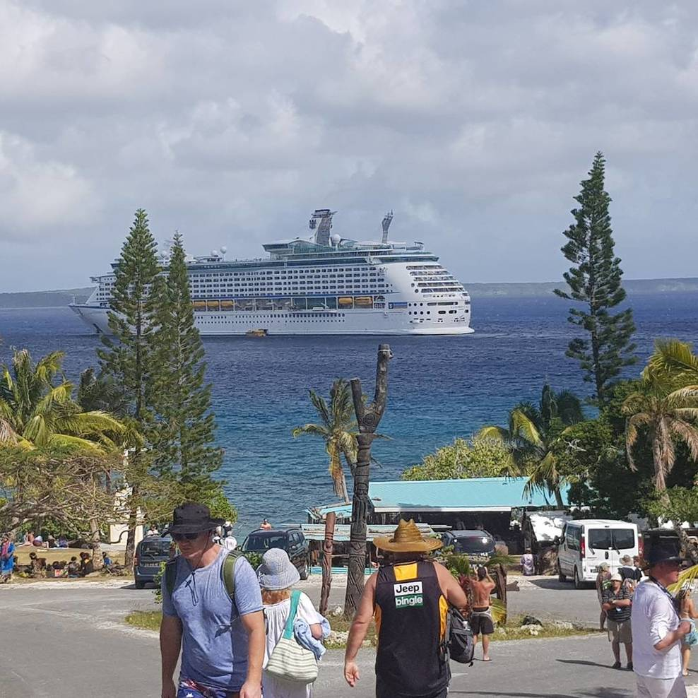View of the Ship fro Lifou