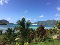 Ship from Huahine - free tender onshore and Le Truck to very small town on