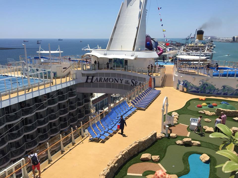View of mini golf to Abyss