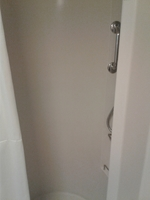Shower, typical but very roomy.  I'm 6 ft tall and it was fine.