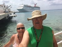 5 cruises to Cozumel and we always take a picture here.