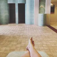 Lounging on the heated loungers in the Thermal Suite, post-pedicure.