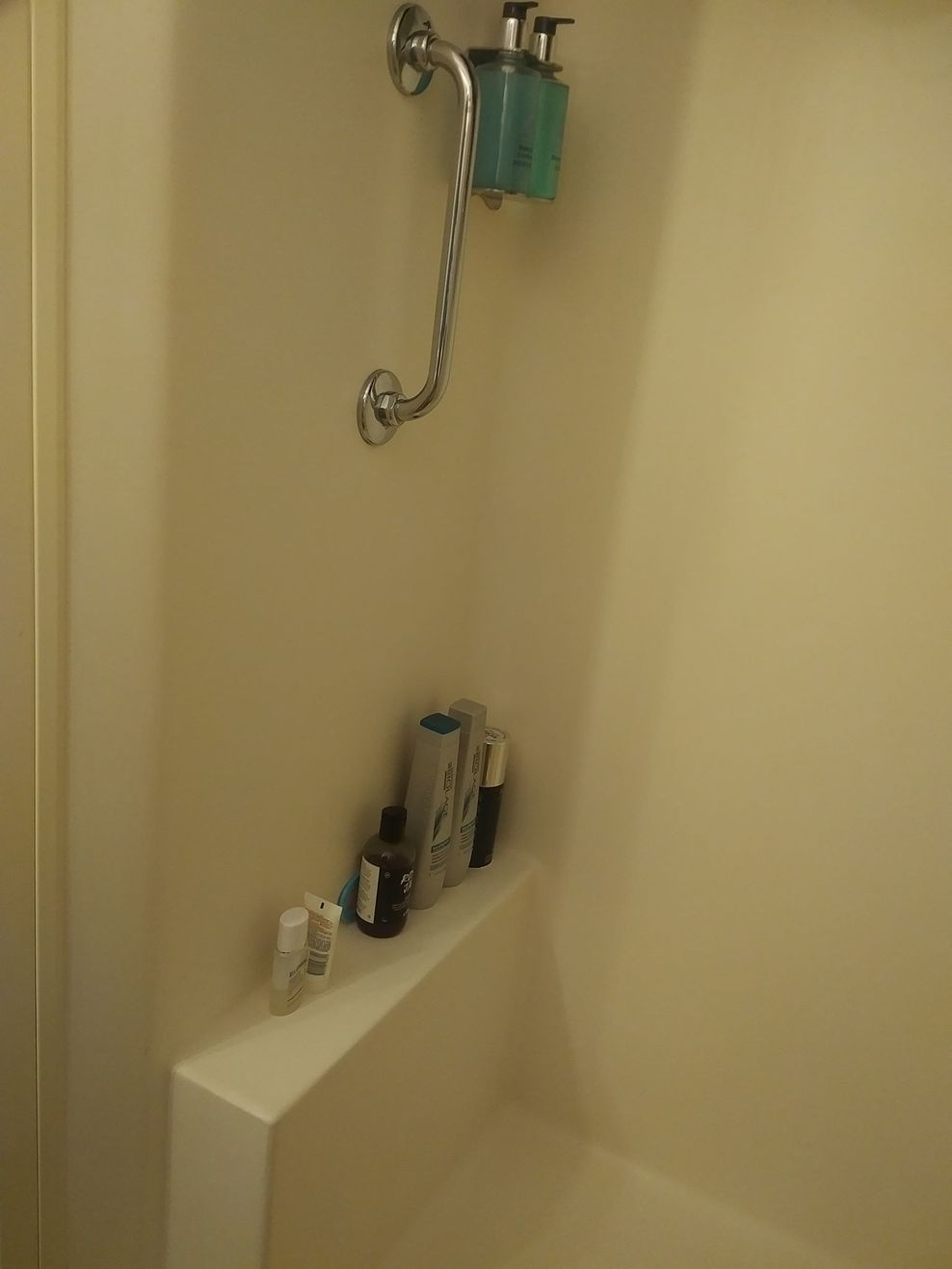 Cabin M103 Shower